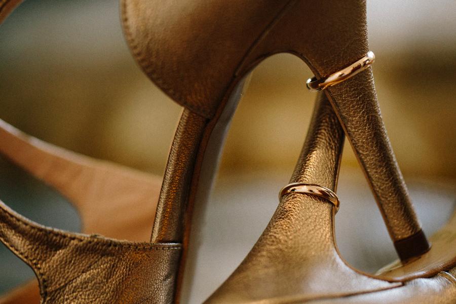 boda en murcia fotógrafo de bodas en málaga granada anillos