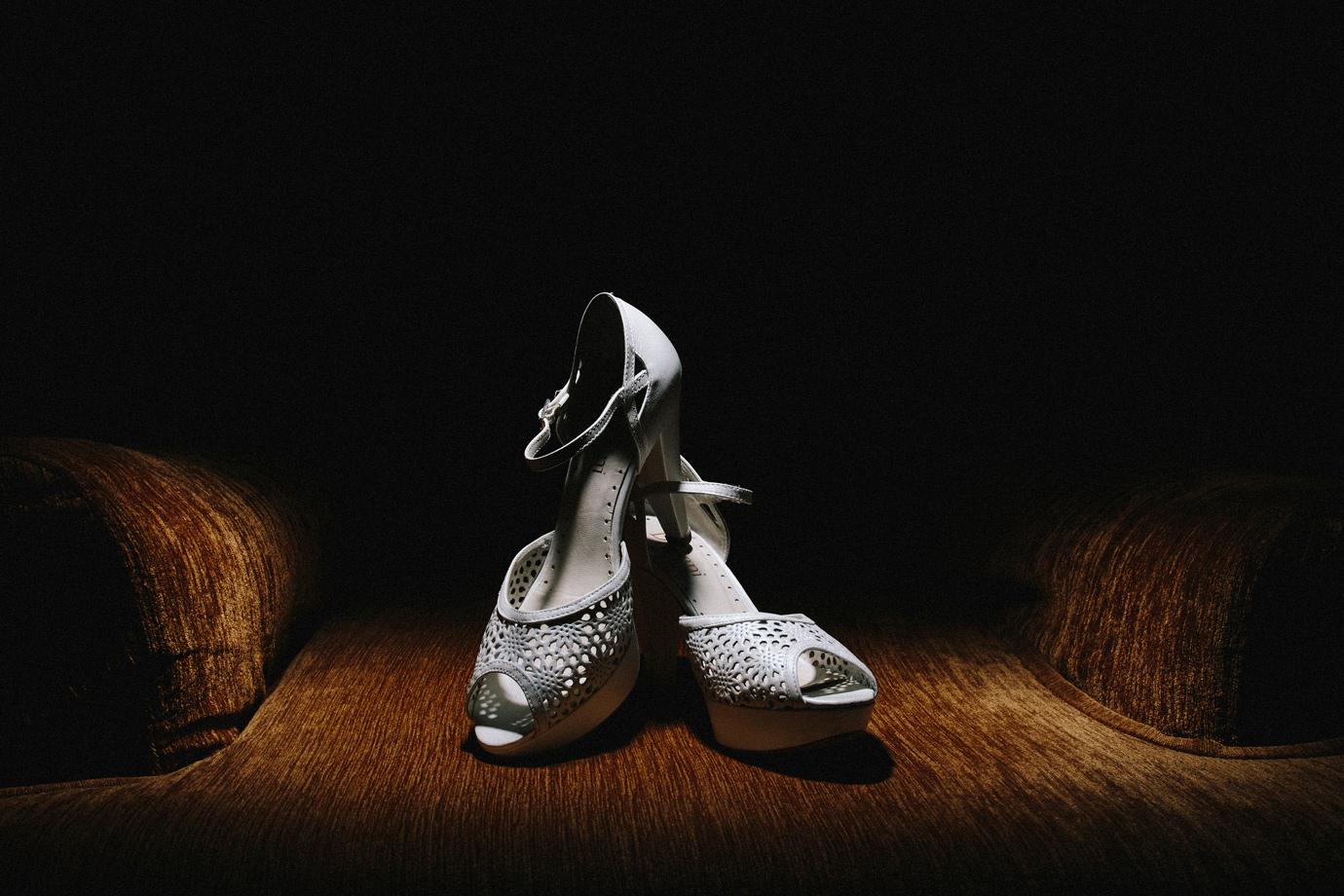 fotografo de bodas en malaga archidona granada madrid tacones novia